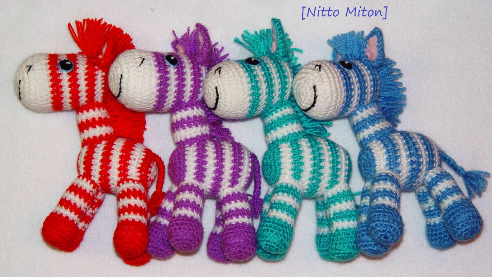 Вязание игрушки на киндер